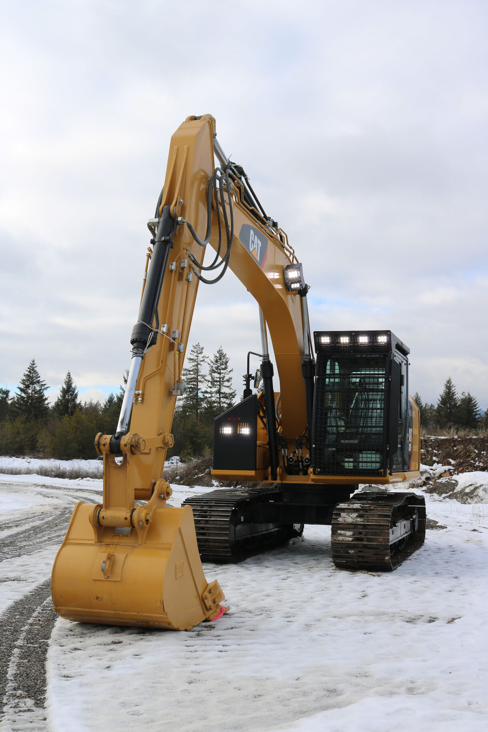 CAT 318FL Bolt on Excavator Guard