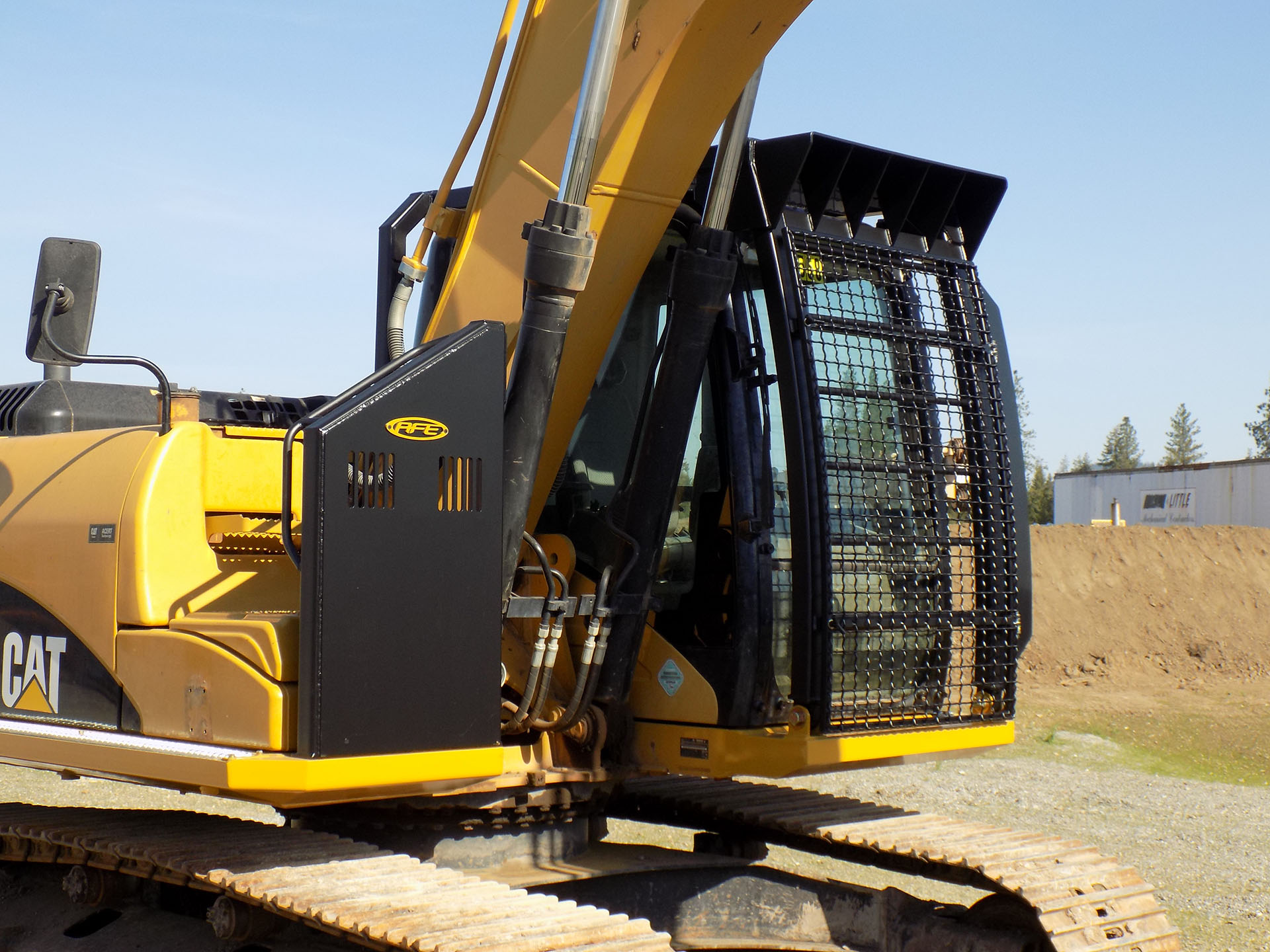CAT 323F Bolt on Excavator Guard