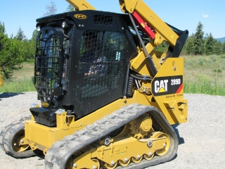 CAT 289D equipped with Enhanced Guard