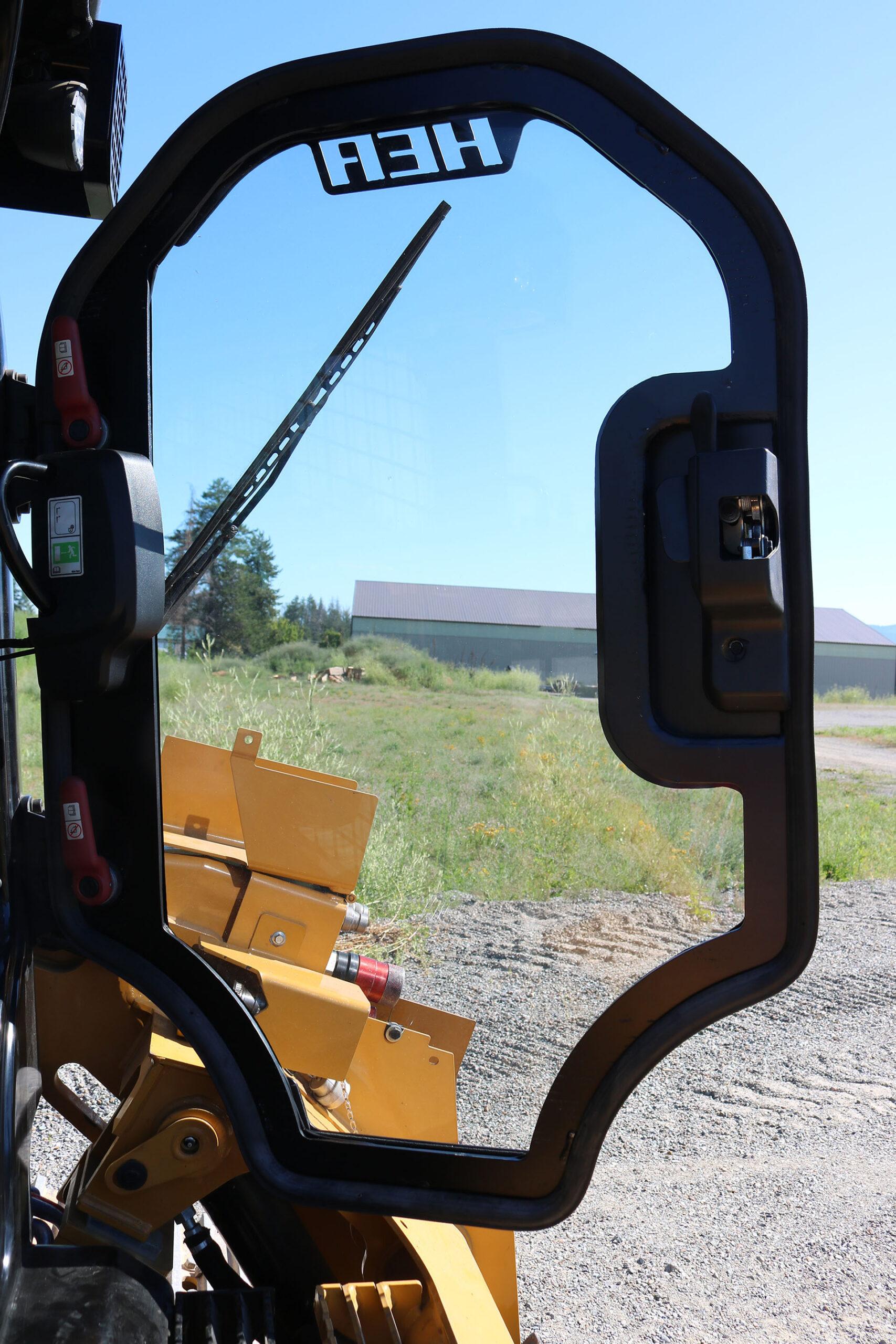 CAT 299D2 XHP Ballistic Door