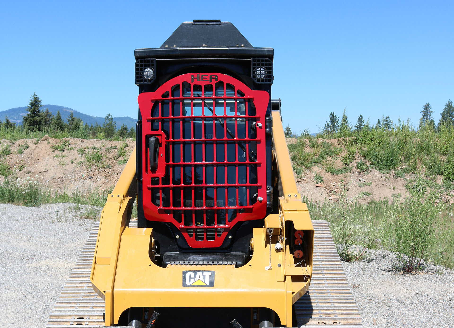 CAT 299D XHP Skid Steer with 2.5x5 Skeleton Door