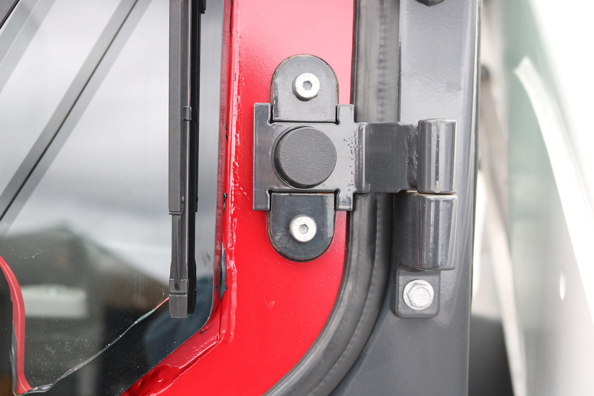 Bobcat T870 Ballistic Door