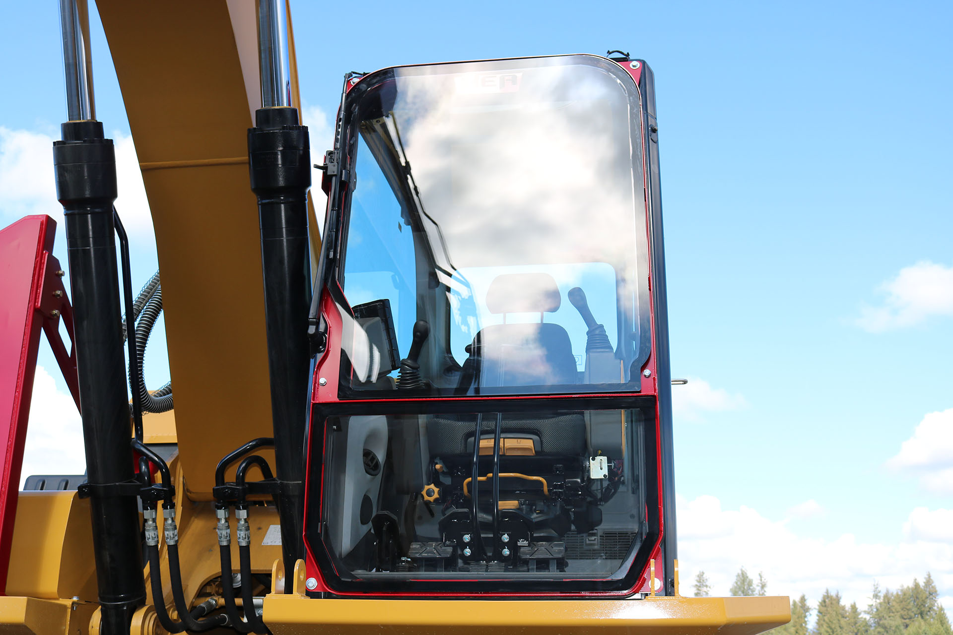 CAT 323 New Gen Ballistic Window