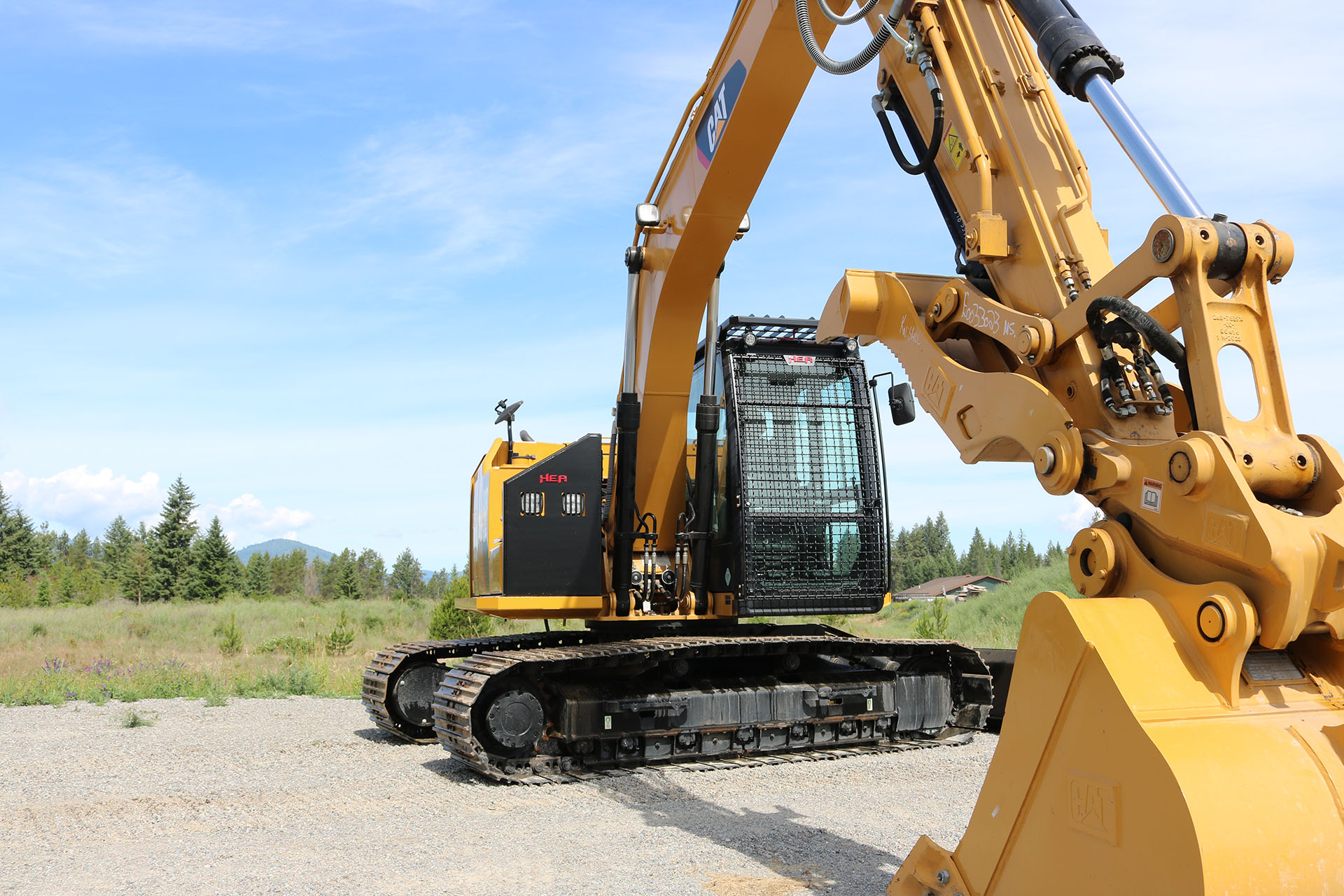CAT 313F Custom Guarding