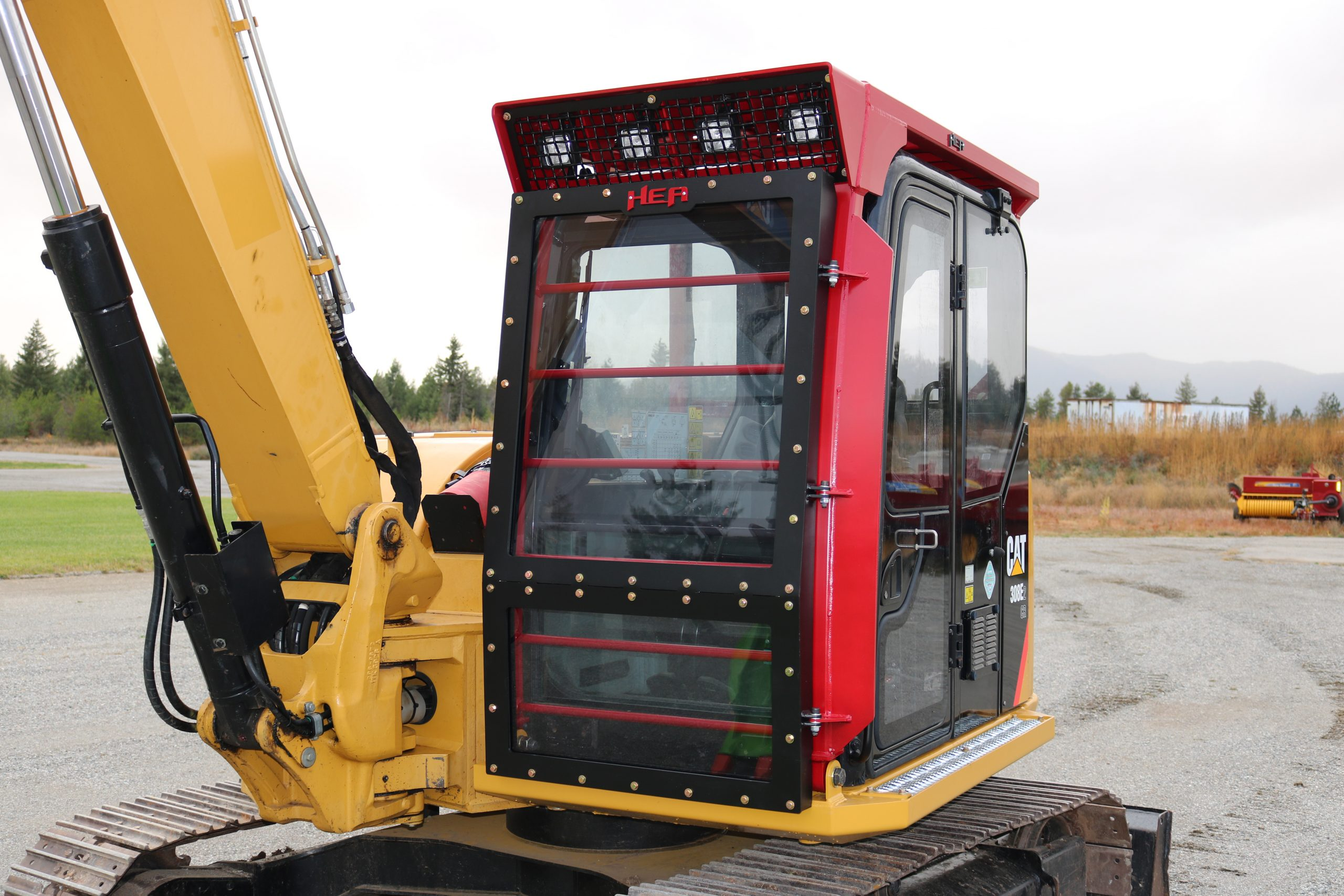 CAT308E2 Enhanced Guarding
